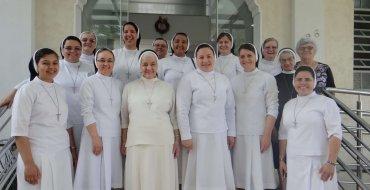 Irmãs Apóstolas do Sagrado Coração de Jesus visitam o CEIC Pousada e Eventos