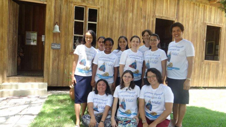 Preparação das Irmãzinhas para os votos perpétuos aconteceu no CEIC